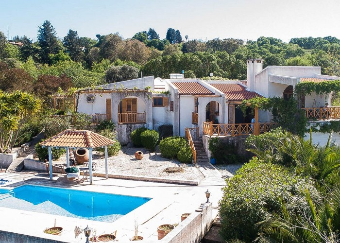 Detached Villa For Sale  in  Droushia