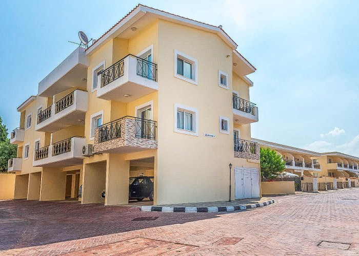 Penthouse For Sale  in  Polis