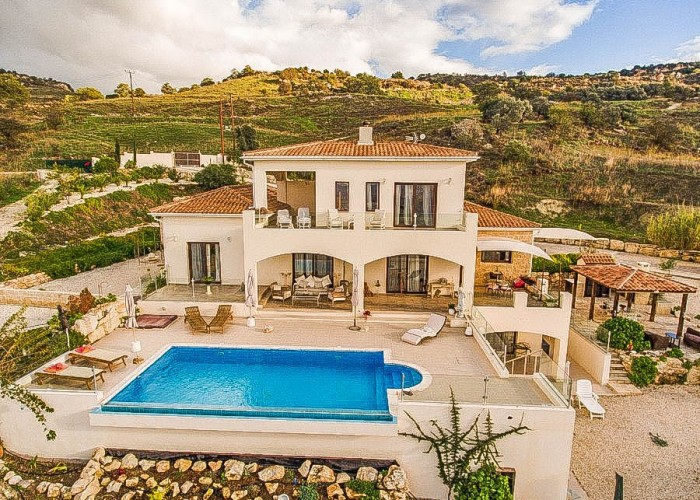Detached Villa For Sale  in  Fyti