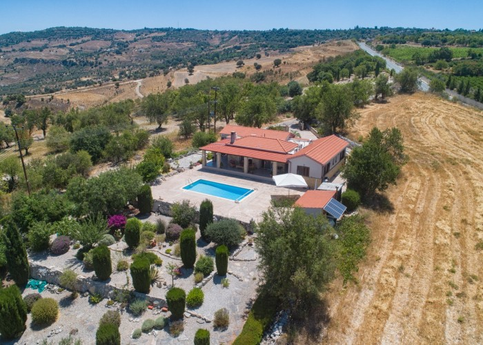 Detached Villa For Sale  in  Drymou