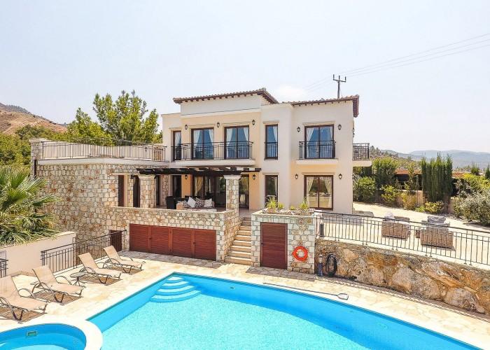 Detached Villa For Sale  in  Ayia Marina