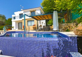 Detached Villa For Sale in Kissonerga, Paphos - 2507