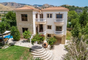 Detached Villa For Sale in Argaka, Polis - 2525