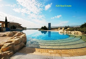 Apartment For Sale in Aphrodite Hills, Paphos - 2565