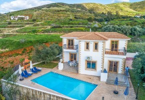 Detached Villa For Sale in Pomos, Polis - 443