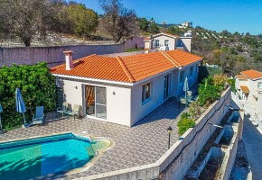 Bungalow For Sale in Tsada, Paphos - 2474