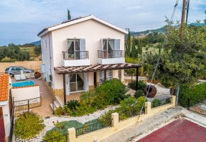 Detached Villa For Sale in Argaka, Polis - 2589
