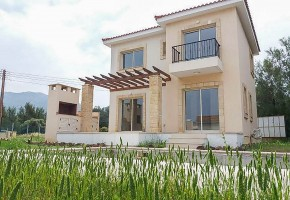 Detached Villa For Sale in Pomos, Polis - 2593