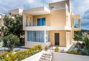 Detached Villa For Sale in Paphos, Paphos - 2622