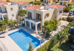 Detached Villa For Sale in Argaka, Polis - 2675