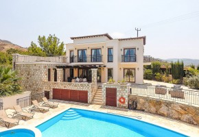 Detached Villa For Sale in Ayia Marina, Polis - 2180