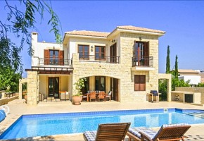 Detached Villa For Sale in Aphrodite Hills, Paphos - 2295
